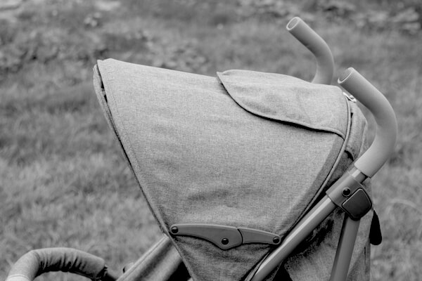 stroller child carrier defects